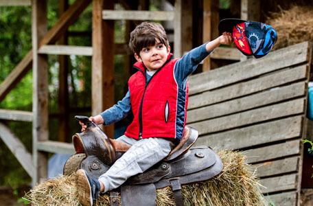 Уроци по конна езда за деца