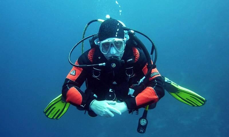 divers-668777