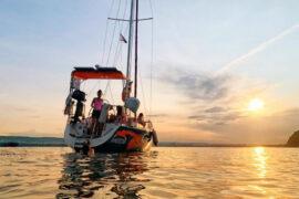 Яхта залез