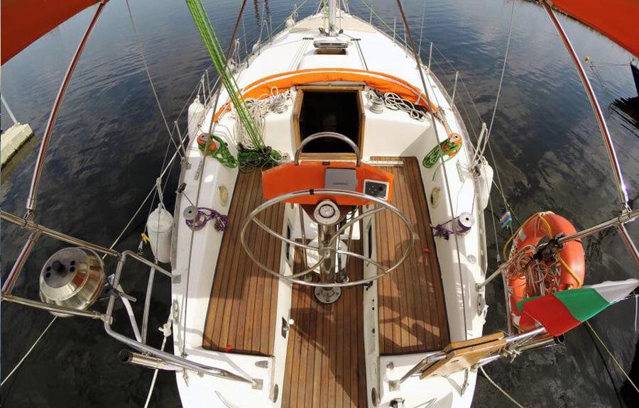 Романтична разходка с яхта