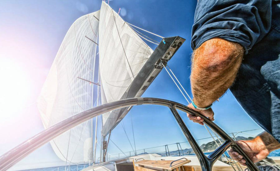 Капитан ветроходна яхта